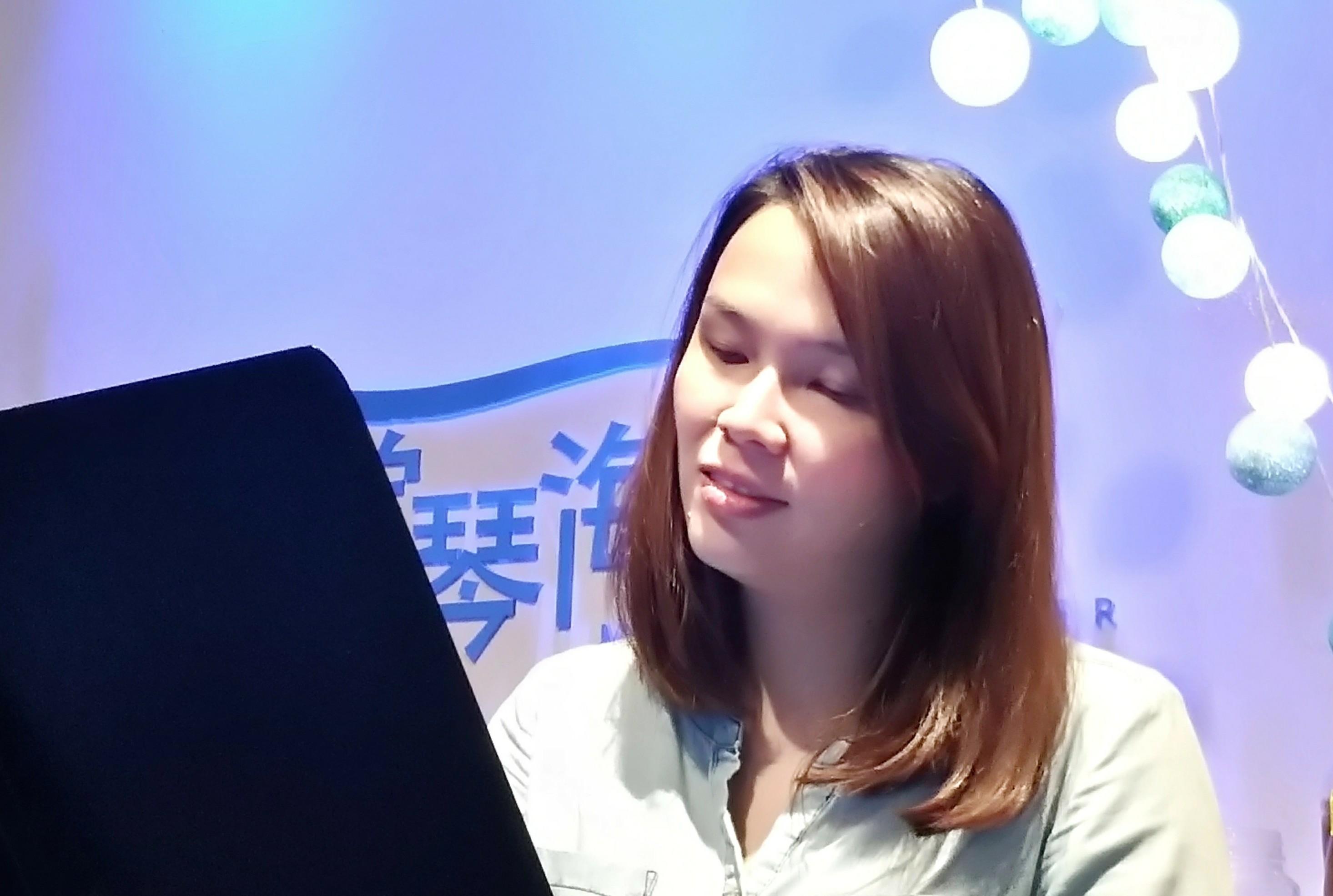Xiao Pei 晓佩